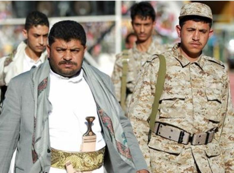محمد الحوثي يقتحم مسجد في صنعاء ويخطف جميع مدرسيه